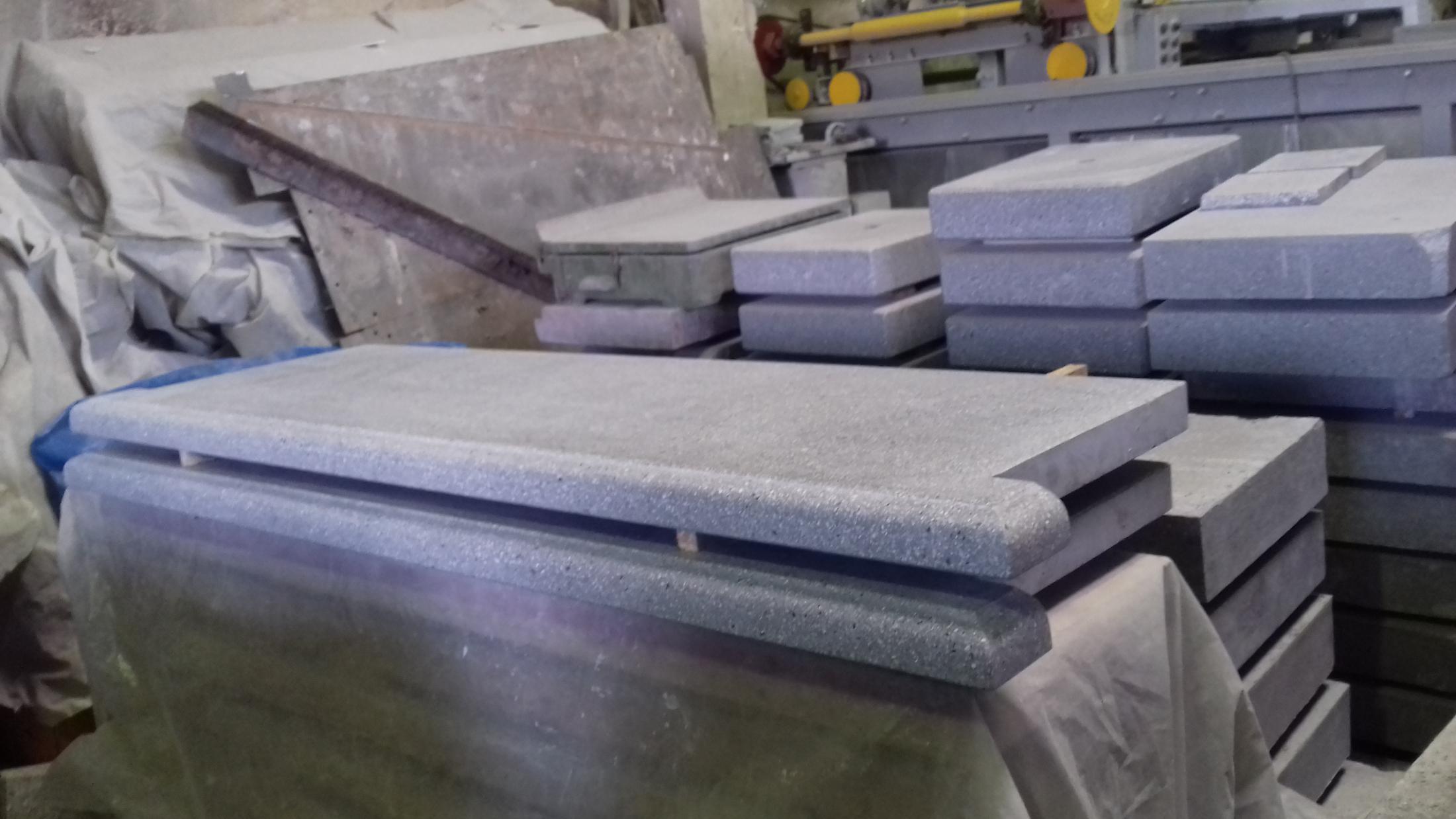 Подоконники из мозаичного бетона